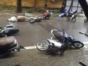 Clip Eva - Video: Đi vào giữa cơn bão hàng loạt xe máy bị quật ngã