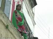 Tin tức - Cuộc sống đáng thương của những cô gái tuổi teen bị bán vào nhà thổ ở Ấn Độ