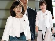 Thời trang - Thời trang nữ tính của tân Bộ trưởng Quốc phòng Nhật Bản 57 tuổi
