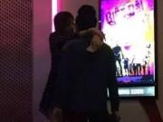 Clip Eva - Video: Hari Won và Trấn Thành thân mật chốn đông người
