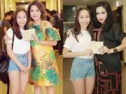 Làng sao - Con gái Mỹ Linh mang đĩa CD mới tặng 4 Diva nhạc Việt