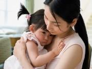 """""""Là mẹ đã sai khi mải chăm em bé mà quên mất sự tồn tại của con"""""""