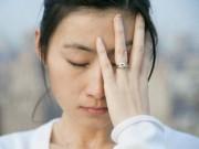 Chết lặng khi thấy chồng ôm ấp bạn trai của vợ