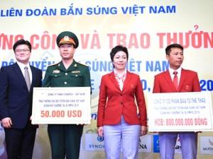"""Xạ thủ Hoàng Xuân Vinh lập kỷ lục tiền thưởng """"khủng"""""""