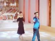 Clip Eva - Video: Phạm Hương lần đầu trổ tài khiêu vũ ở hậu trường The Face