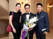 Làng sao - Vợ chồng Dương Thùy Linh sóng đôi đi cổ vũ em trai