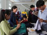 Tin tức - Khổ vì đồng phục học sinh
