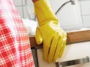 Nhà đẹp - 8 sai lầm tẩy rửa khiến nhà bếp đã dầu mỡ càng thêm bẩn