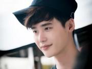 """Hai thế giới tập 12: Suýt nữa, Lee Jong Suk biến thành nam phụ """"số nhọ"""""""