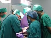 Tin tức - Phẫu thuật thành công cho bé gái 18 ngày tuổi bị ứ mủ thận