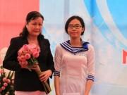 Tin tức - Câu chuyện xúc động của nữ sinh lớp 12 trong ngày khai giảng