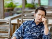 Làng sao - Bằng Kiều mặc trẻ trung, thảnh thơi ngắm phố phường Hà Nội