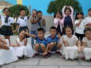 Tin tức - Hình ảnh dễ thương 7 cặp song sinh cùng vào lớp 1 chung trường tiểu học