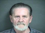 Tin tức - Cụ ông 70 tuổi đi cướp ngân hàng để được vào tù vì... chán vợ