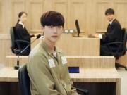 """""""Hai thế giới"""" tập 15: Lee Jong Suk phải ra hầu tòa vì Han Hyo Joo"""