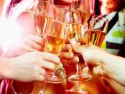 Nhà đẹp - Mách đủ mẹo đơn giản như dùng bánh mì dọn thủy tinh, rượu khử mùi hôi,...