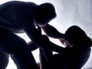 Tin tức - Hòa Bình: Chồng chém chết vợ dã man tại nhà riêng