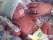 Bà bầu - Bé sơ sinh trở về từ cõi chết sau khi bác sĩ thông báo đã chết lưu