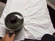 7 cách làm phẳng quần áo phòng khi không có bàn là