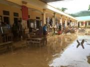 Tin tức - Mưa lũ dồn dập Nghệ An, hơn 500 người bị cô lập