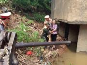 Ngày mới - Nhảy sông tự tử không thành, vẫy tay cầu cứu CSGT