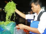 Mua sắm - Giá cả - Truy tìm người ngâm rau muống bào với hóa chất độc