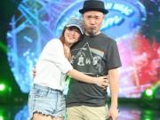 Đinh Hương tình cảm ôm Huy Tuấn trong hậu trường