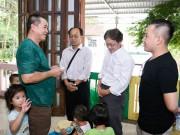 Làng sao - Gia đình Minh Thuận lấy tiền phúng điếu làm từ thiện sau tang lễ