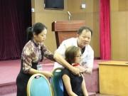 Tin tức - Chuyên gia hướng dẫn cách sơ cứu khi bị vết thương cứa cổ