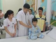 Tin tức - Em bé người Mông mắc bệnh tim và ước mơ trở thành bác sĩ