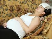 Bà bầu - Mách mẹ những cách giúp giảm đau đầu khi mang thai