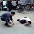 Tin tức - TQ: Dân siết cổ chết tên trộm đánh bả chó