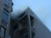 Tin tức - Cháy chung cư Mười Mẫu, hàng trăm cư dân tháo chạy