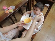 """Làm mẹ - """"Cân"""" 2 cách ăn dặm kiểu Nhật và ăn dặm truyền thống"""