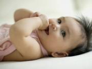 Làm mẹ - Trẻ nghiền mút tay, nguy hại khôn lường