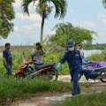 Pháp luật - Thi thể bé gái nghi bị mẹ ôm nhảy sông Sài Gòn