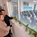 Tin tức - TQ sáng tạo phòng giáo viên thông với lớp học