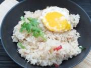 Bếp Eva - Tận dụng cơm nguội làm cơm chiên tỏi ớt