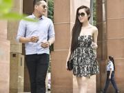 Làng sao - Elly Trần lần đầu lộ diện sau khi công khai con gái
