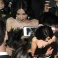 Thời trang - Lâm Chí Linh bị fan đeo đuổi ráo riết vì mặc gợi cảm