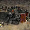 Tin tức - TBN: Xe khách lao xuống núi, 52 người thương vong