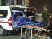 Tin tức - HN: Xác người đàn ông đội mũ bảo hiểm dạt gần chân cầu
