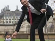 Tin tức - Cuộc gặp gỡ của người cao nhất và lùn nhất thế giới