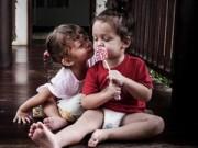 Hậu trường - Hai con Hồng Nhung vui đùa đầy tinh nghịch
