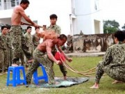 Tin hot - Những màn biểu diễn thót tim của đặc công Việt Nam