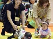 Dạy con - Thú vị cuộc thi bò dành cho trẻ sơ sinh ở Nhật