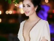 """Thời trang - Người đẹp Việt """"xù lông"""" khi bị chỉ trích phản cảm"""