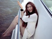 Làng sao - Ngân Khánh xinh tươi, nhí nhảnh trên du thuyền