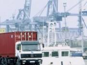 Mua sắm - Giá cả - Chi phí vận chuyển 'gặm' mất 25% GDP