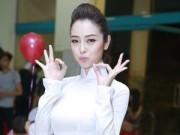 Thời trang - Những lần mặc áo dài hiếm hoi của Jennifer Phạm